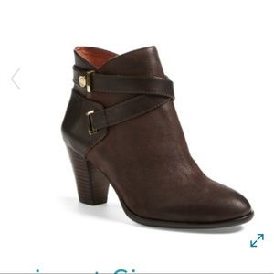 Louise et Cie dark chocolate leather brown booties